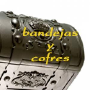 Detalles Ceremonia_Bandejas y Cofres